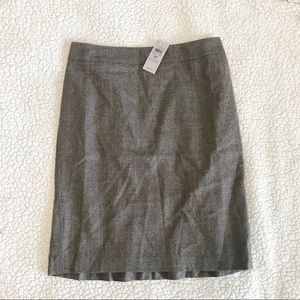 NWT Anne Taylor Petite Pencil Skirt Great for Work